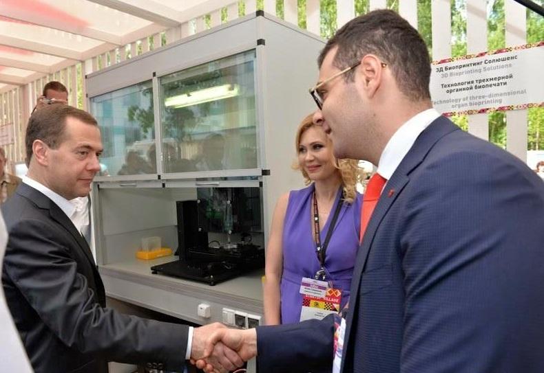 В «Инвитро» опровергли слова Онищенко опередаче биоматериала граждан России зарубеж